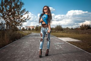 Elena in jeans and black pantyhose by ruspantyhose