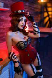 Mad Moxxi Red Light 9 by DariaRooz