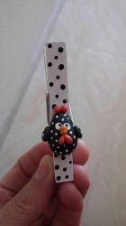 Decorates clothespin hen by anapeig