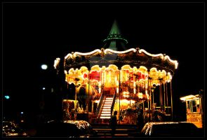 who doesn't love carousels? by Aviectus