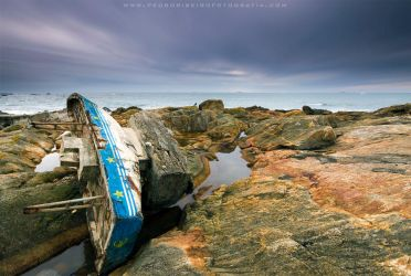 Lost boat by PRibeiro