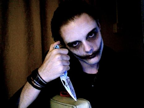 I Use A Knife by horror-lover