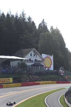 Up Eau Rouge by SirDoctorLee