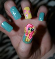 My Little Pony: Friendship is Magic - Fluttershy by KayleighOC
