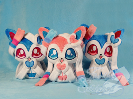 Moar Sylveons by FeatherStitched