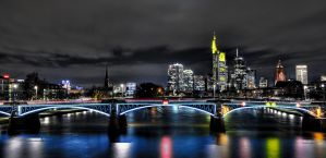 Mainhatten again... by Aerostylaz