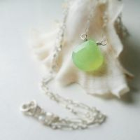 Green Chalcedony, Tiny Pearls Mermaid Necklace by QuintessentialArts