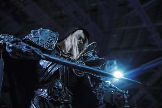 Warcraft - Arthas cosplay by Aoki-Lifestream