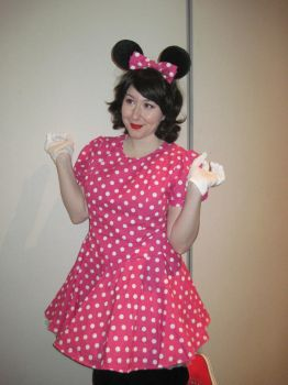 Minnie Mouse by Ladybloodskull