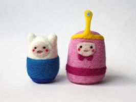 Adventure Time Felties: Finn and Bubblegum by michelleness