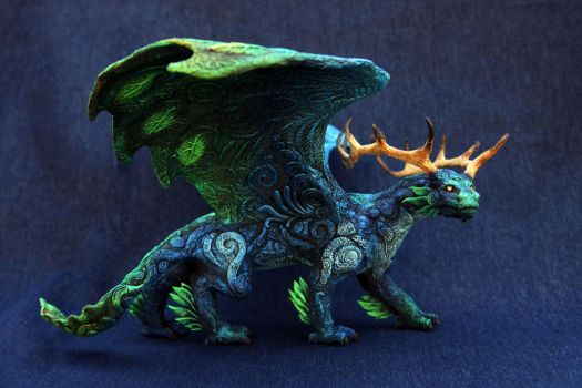 Forest Night dragon by hontor