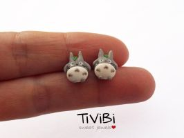 Totoro stud earrings - restyling by tivibi
