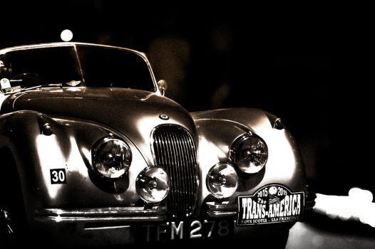 Jaguar Roadster by rjakobson