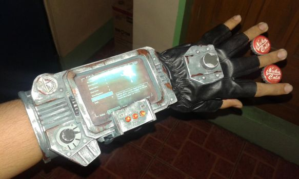 Pip-Boy 3000 [WEATHERED] by greenwillow13
