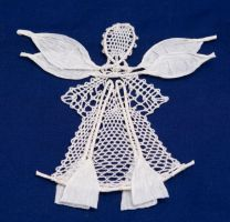 papery bobbin lace angel by averil-hylton
