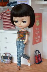 Blythe doll in washed jeans pants + hand knit top by Hegemony77
