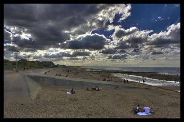 Plage de Cabourg by Yoshituro