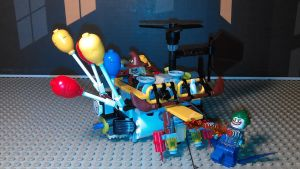 Gas Attack Hovercraft (LEGO the batman movie MOC) by sideshowOfMadness