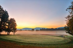 Misty Dawn Golf Course (freebie) by somadjinn