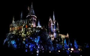 Hogwarts at Night by jaceridley
