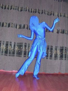 Dancing zentai gril by mysexyzentai