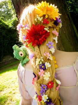 Rapunzel Tangled - All those flowers by Yami-Oscuridad