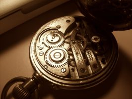 my pocket watch.. works by CrazyRainbowDreads