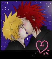 Roxas like to kiss his Axel by MakiLoomis