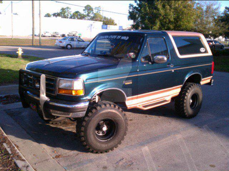 Ford bronco by BlackOutProductions