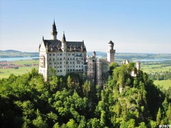 + Schwanstein + by JoJoAsakura