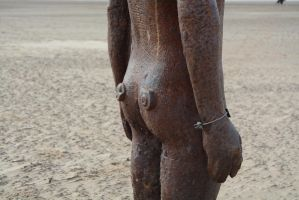 Anthony Gormleys Rear by ianwh