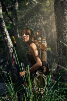 Rise of the Tomb Raider - Spotted... by TheLazyCosplayer