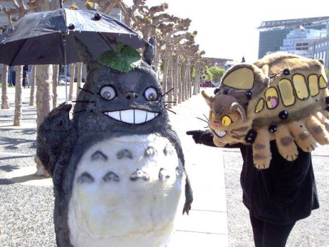 Totoro and Catbus by LilleahWest