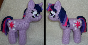Crocheted Twilight Sparkle by CuriousPony