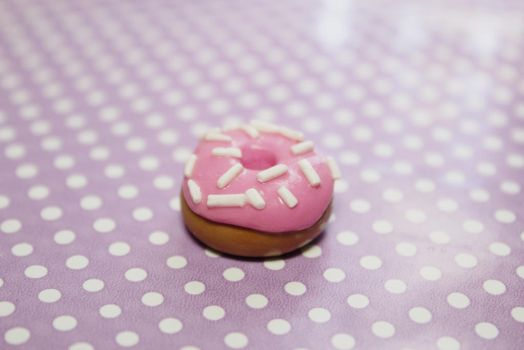 Donut with sprinkles #polymerclay by vivialcalde
