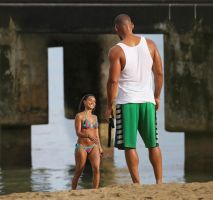 Jada and Will on the beach by lowerrider