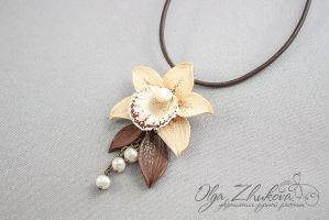 Pendant with orchid from polymer clay by polyflowers