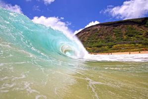 Wave Day by manaphoto