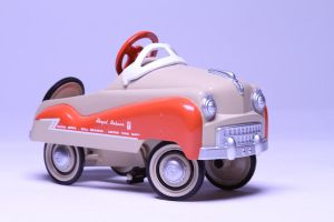 old Toy car w,O texturing by vannickArtz