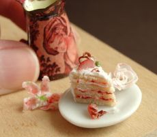 Dollhouse Strawberry Cake Slice by fairchildart