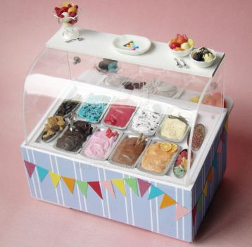 Miniature Ice Cream Display 1 by PetitPlat