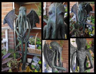 Paper mache Cthulhu Sculpture by Lauramei