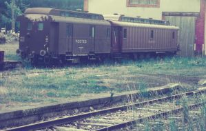 Trains by Made-in-Popsiinette