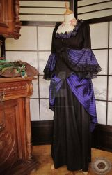 Victorian costume by made-me-a-monster