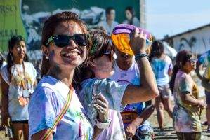 Girl with a charming smile in Color Run in Cebu by bluetekk
