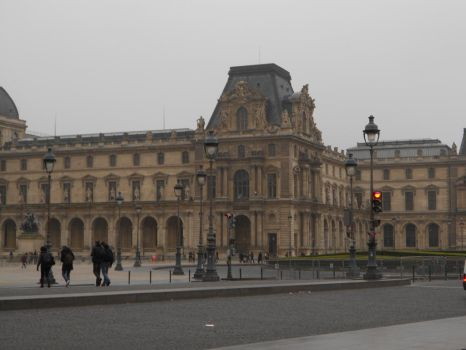 Louvre again ! by TheDrunkenDarkHorse