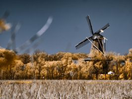 Windmill Island from Afar (135mm) by KBeezie