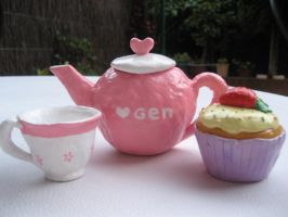 Tea set by genevi