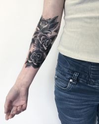 Scar roses cover tattoo by sHavYpus