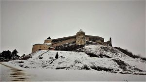 Rasnov Citadel by sesam-is-open